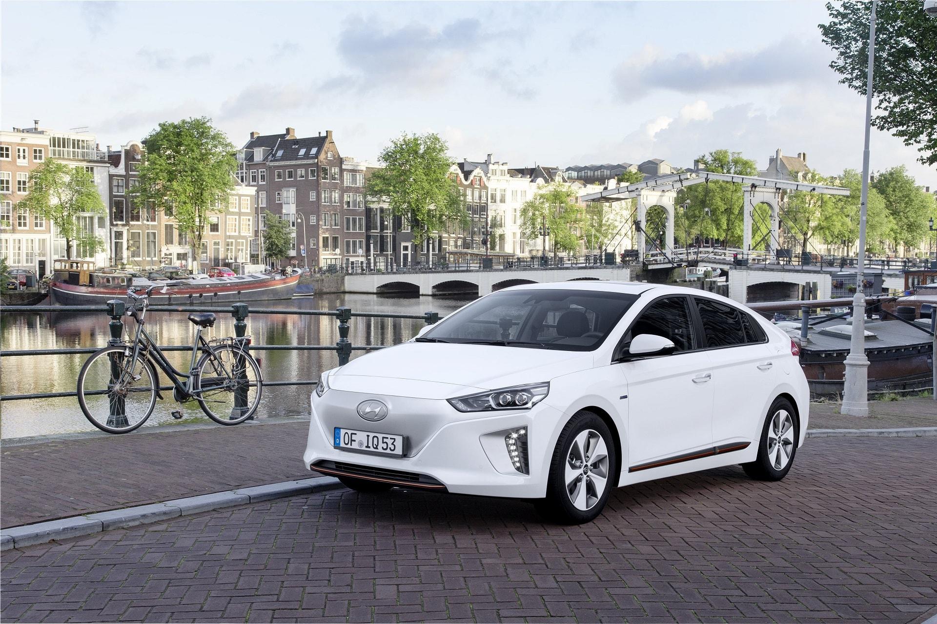 On a testé la Hyundai Ioniq Electrique et Hybride