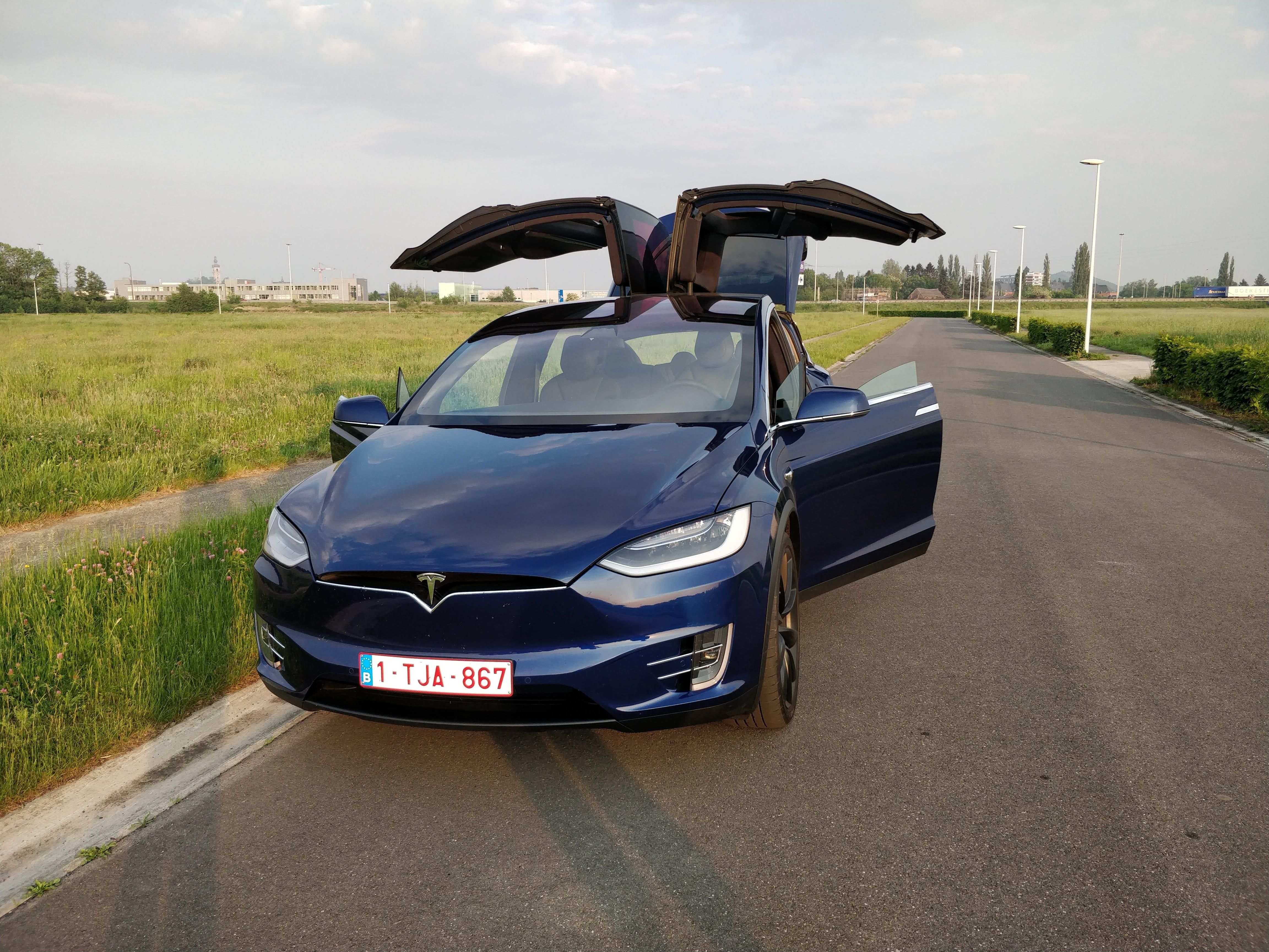 Test de la Tesla Model X 100D